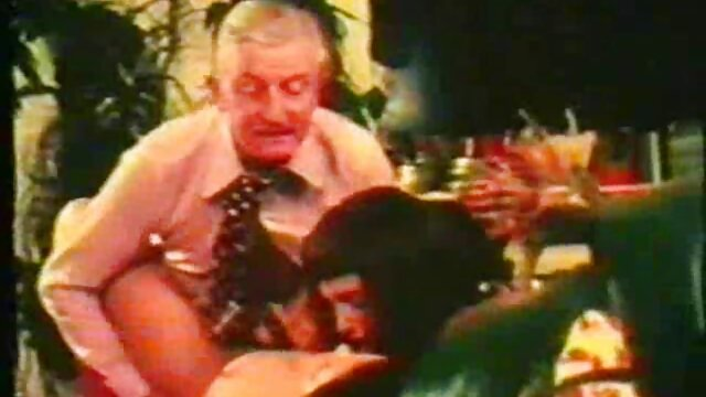 Cassie, Eve y videos cornudos latinos Michael Stefano